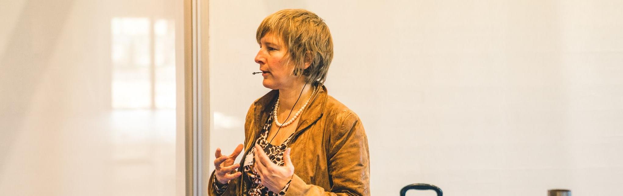 Presenteren met impact zonder stress Inge Ketels Bureau Stroom tijdens lezing Jobat Career Launch