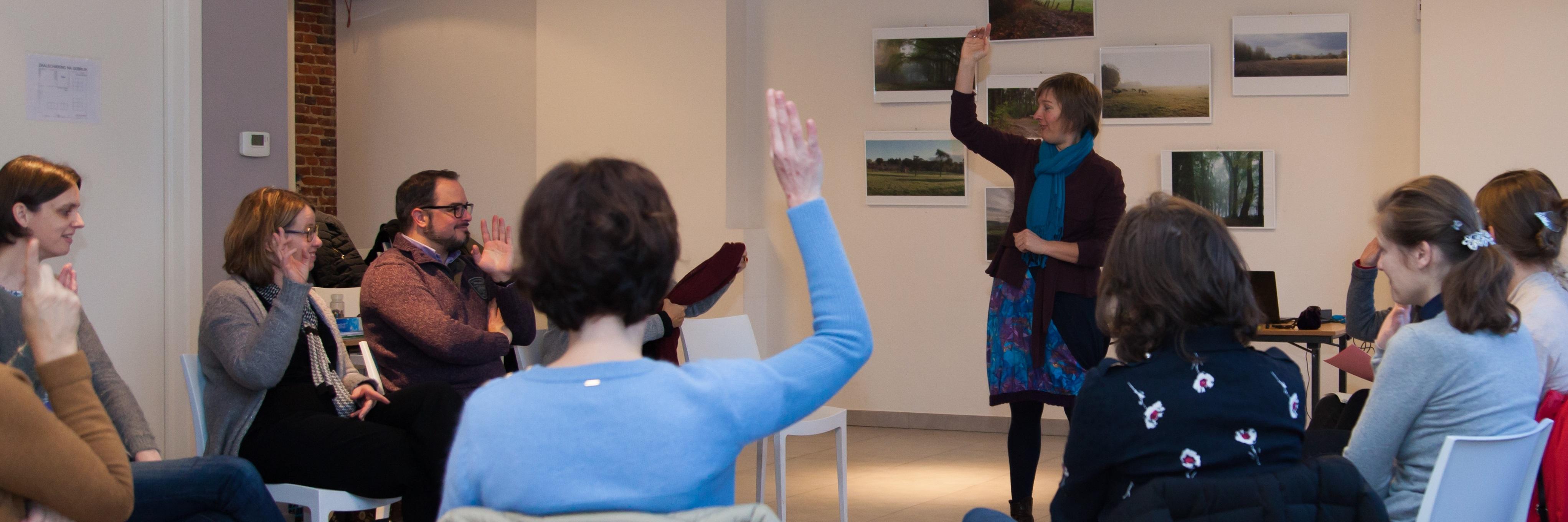 Sfeerfoto Workshop Inge Ketels van Bureau Stroom Be Brilliant helpt je aan lef en zelfvertrouwen om het leven zo te maken zoals je het wil