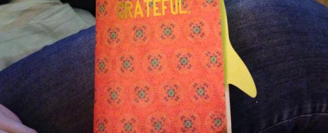 foto van boekje met titel grateful, tijdens traject Sterk Leiderschap genomen