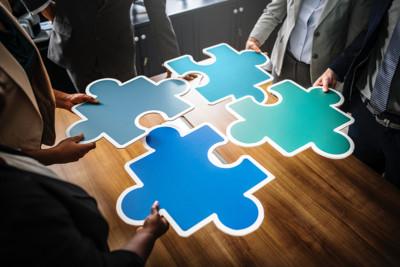 puzzel om je bedrijf te laten groeien via bureau stroom