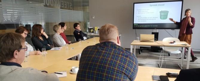 Masterclass sterk leiderschap vraag Lef, deelnemers met Inge Ketels van Bureau Stroom