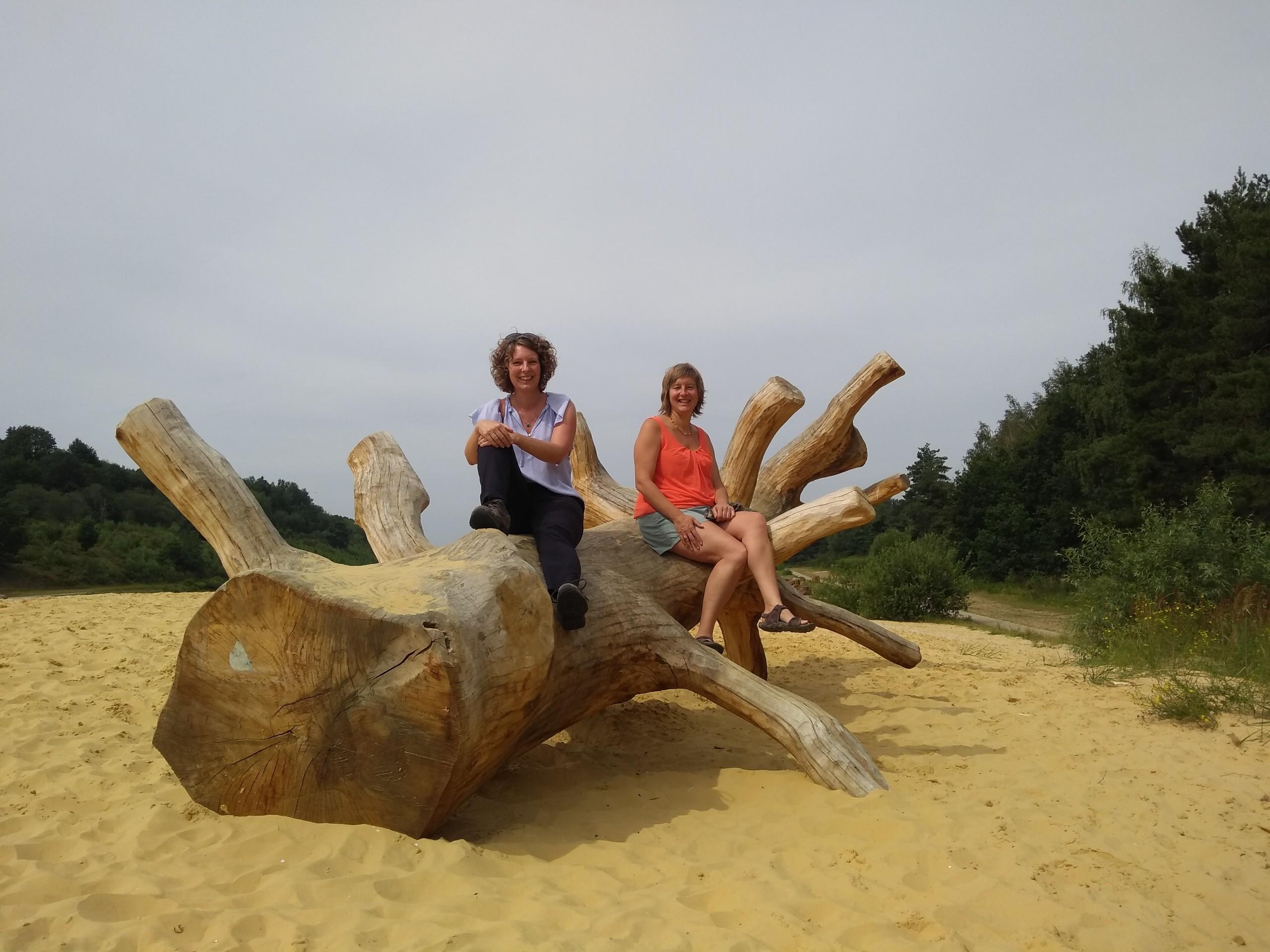 Inge Ketels en Inge Compen in Nationaal Park Hoge Kempen voor Next Level Summercation voor ondernemers